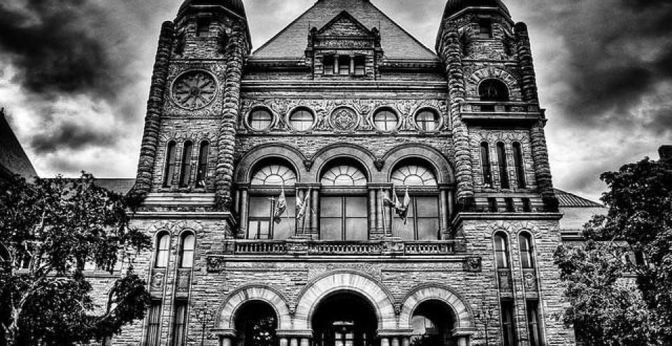 Toronto Loft Buyers Take Note: New Ontario Condo Act Passed